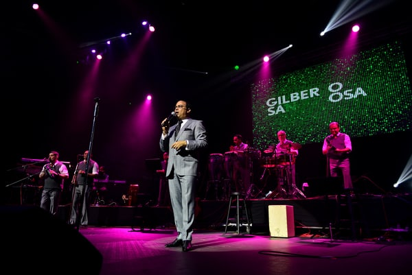 Gilberto Santa Rosa & Willy Chirino In Concert at James L Knight Center